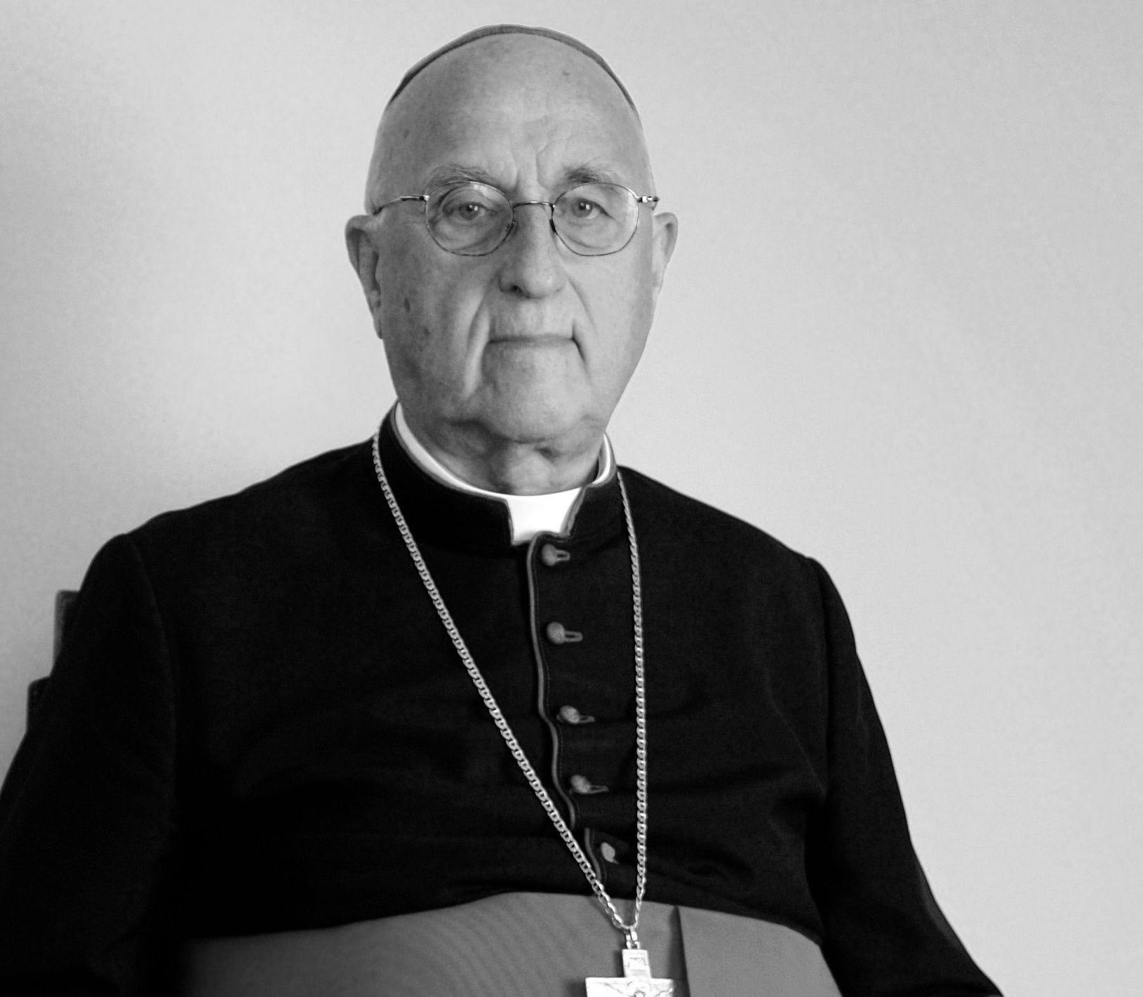 Zmarł biskup senior Bronisław Dembowski