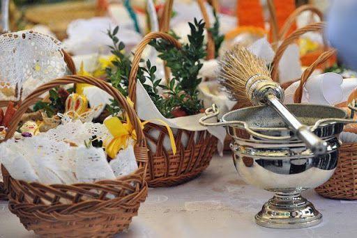 Wielkanoc bez święconki? - o błogosławieństwie pokarmów przed posiłkiem w Niedzielę Zmartwychwstania